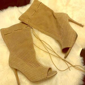 Scrunch peep toe boots